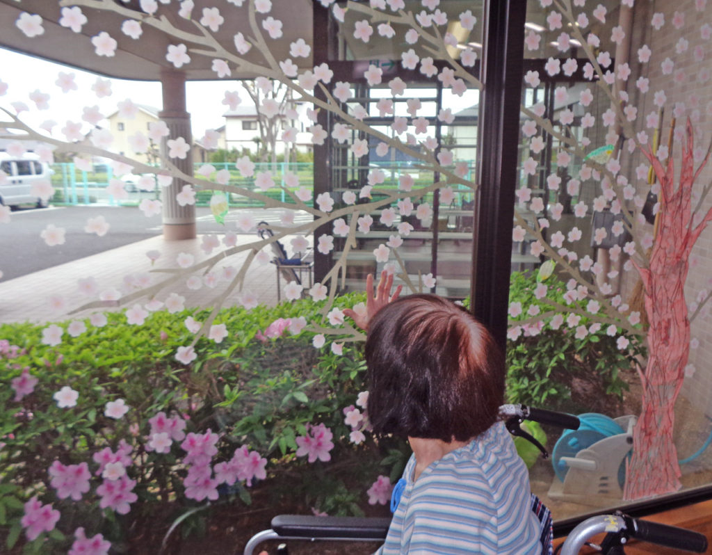 桜マスキングテープ、ヘルスケアアートの事例